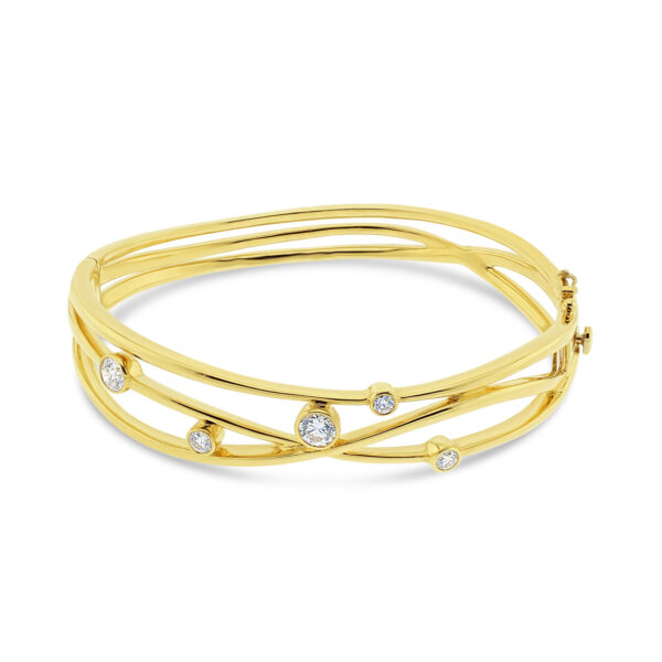 product/3/0/30-22-318-1.jpg;;product/l/u/lunar_bangle_yellow_gold_1.jpg;;product/d/m/dmr-packaging_110.jpg