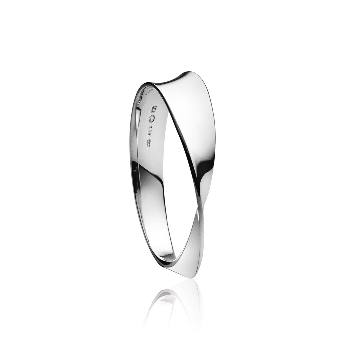 Georg Jensen Mobius Bangle