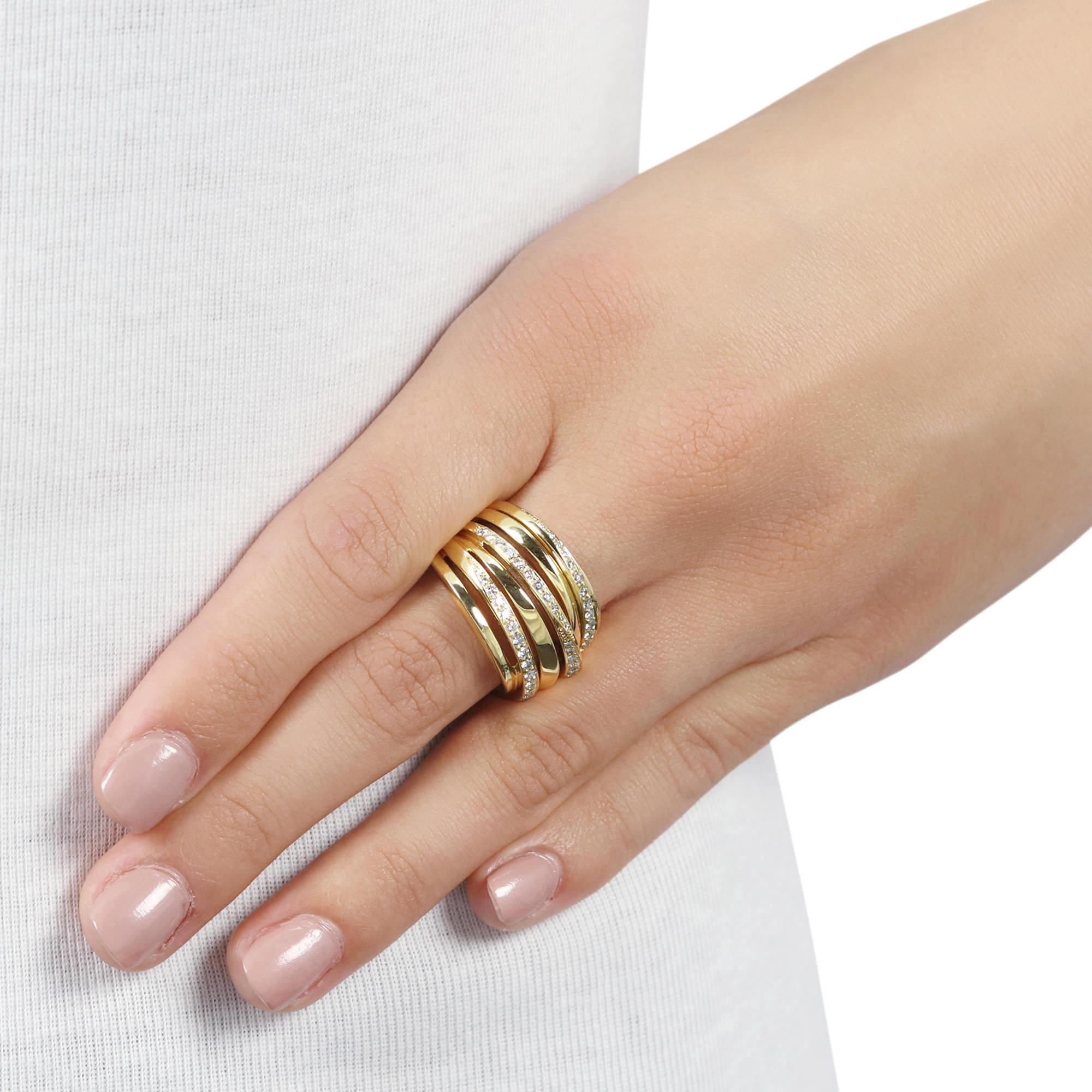 Ribbon Yellow Gold Diamond Ring
