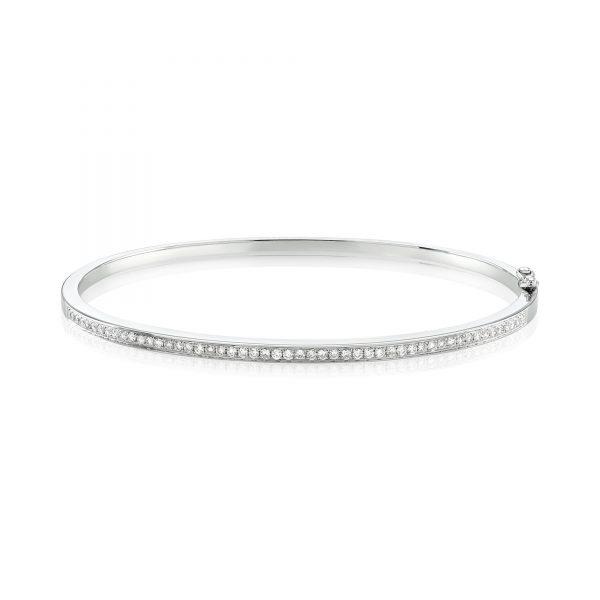 product/c/h/channel_set_diamond_bangle_30_22_367.jpg;;product/c/h/channel_set_diamond_bangle_30_22_367_l_s_edited.jpg;;product/d/m/dmr-packaging_206_1.jpg