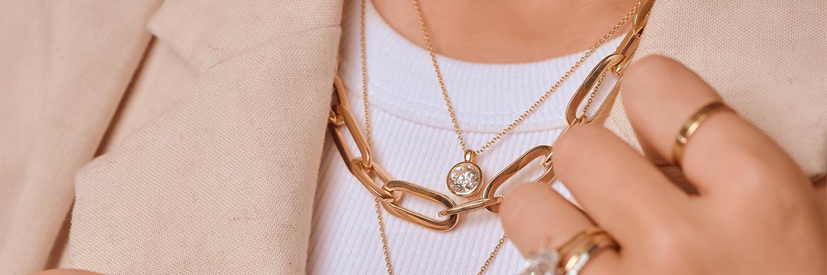 Social Edit: 'Golden Hour' meets Golden Jewellery